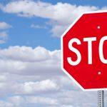 O que são e como definir Stops para investir?
